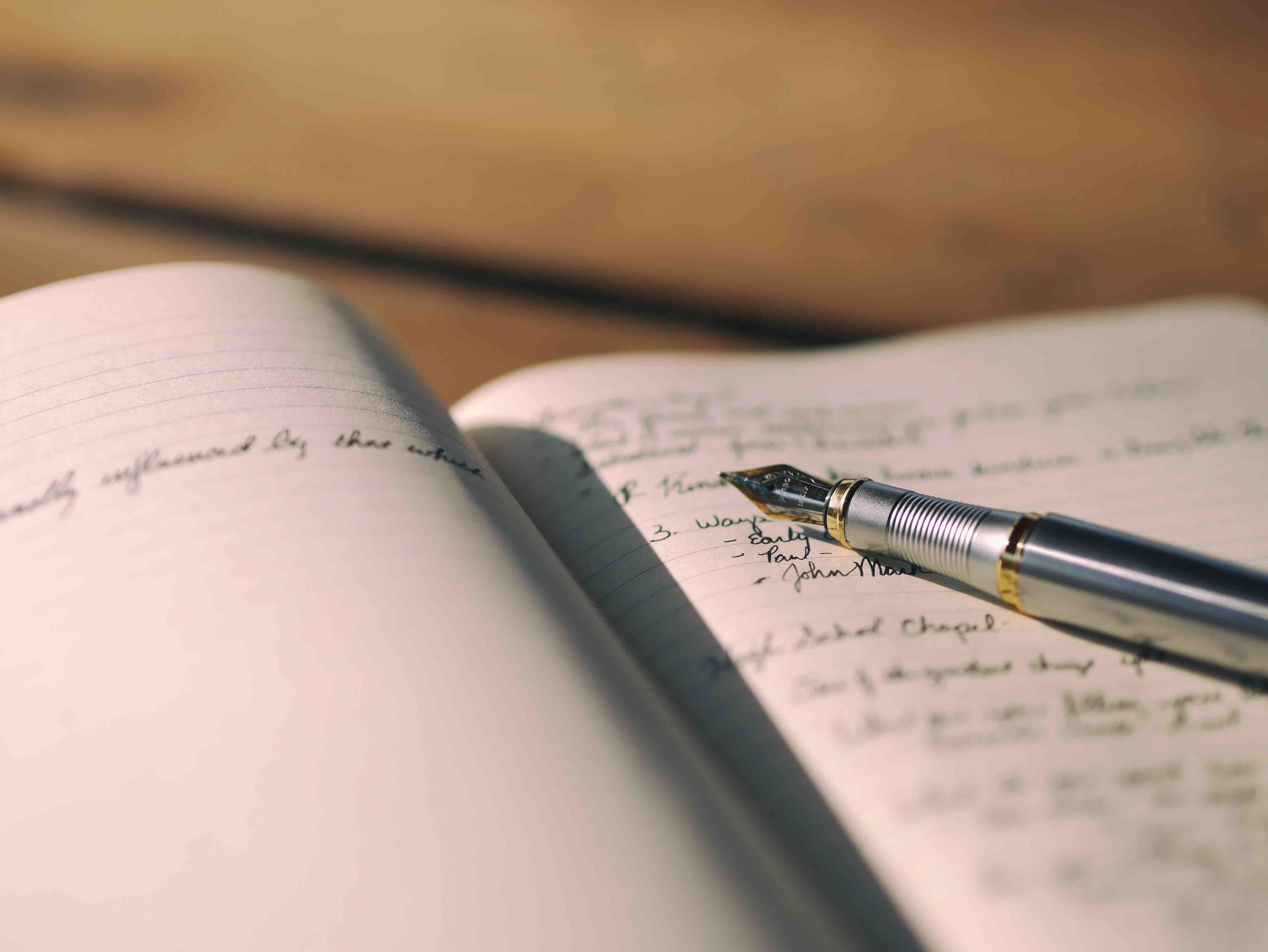 Bettina-deda-copywriter-SEO-web-copy-freelancer-content-marketing