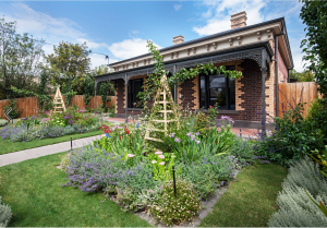 Victorian_Cottage-Garden-Gardens-of-the-sun-Carlton-landscape-design-houzz-Australia